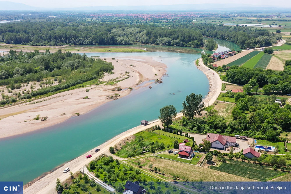 018_Drina-in-the-Janja-settlement-Bijeljina